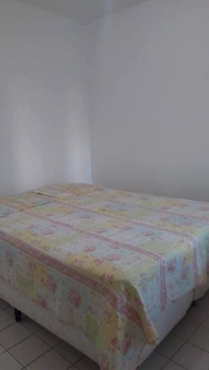 Alugo Apartamento no Espinheiro