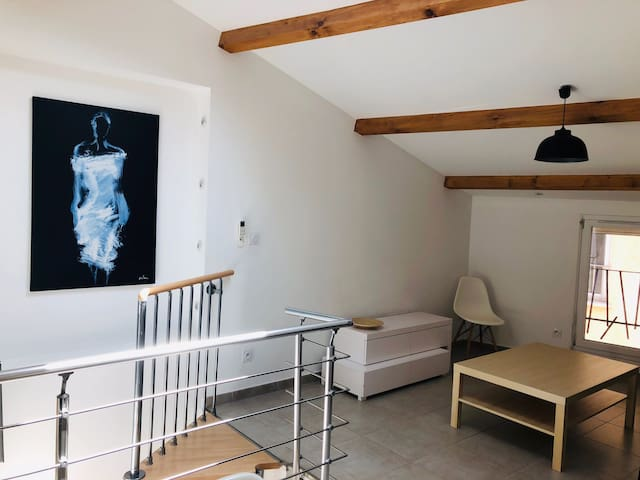 Pays d'Aix, appartement lumineux pour 4 personnes