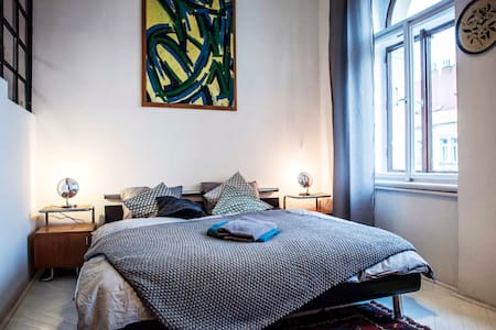 *new* STUDIO CENTRAL APARTMENT made with LOVE - Prag