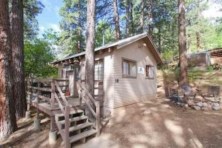 Pine River Lodge - Cabin 18