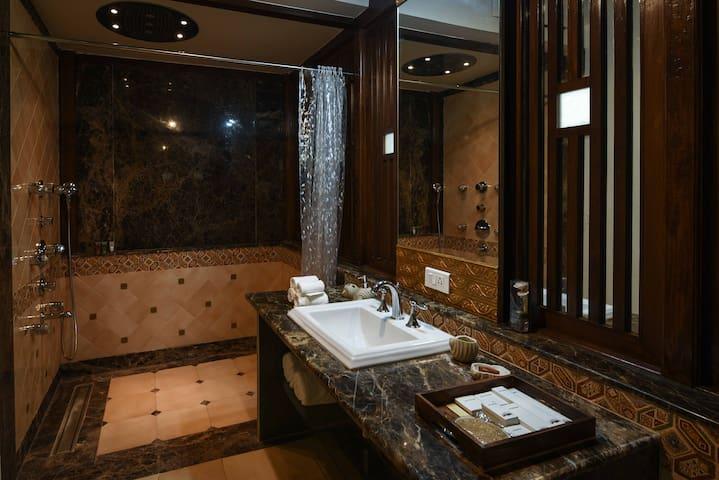 Luxury Suite in Heritage villa in Panjim