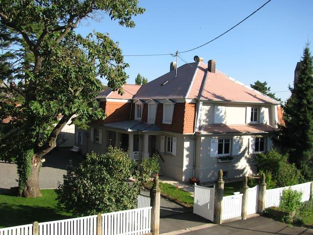 GITE LE PAULOWNIA classé  4 **** prox OBERNAI - Bourgheim - Apartment