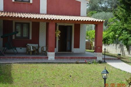 Villa d'Amare 300 m spiaggia Wi-Fi free