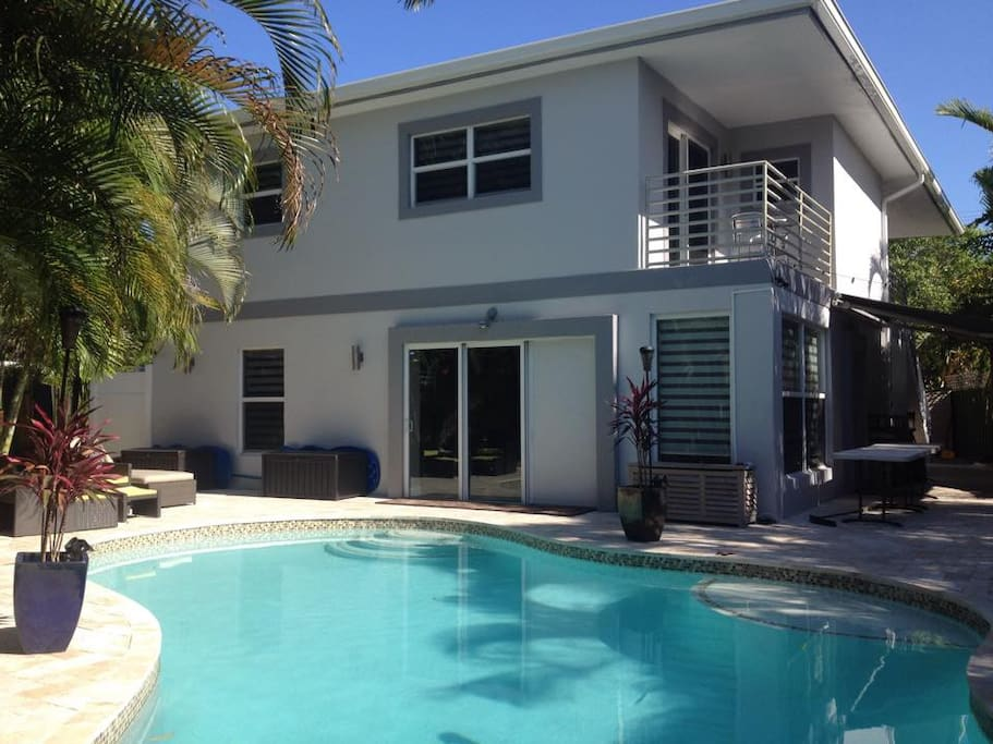 Private pool home gay owners apartments for rent in One bedroom apartments in ft lauderdale