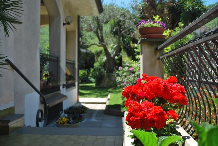 soggiorno relax in costa d'Amalfi - Pietre - Hus