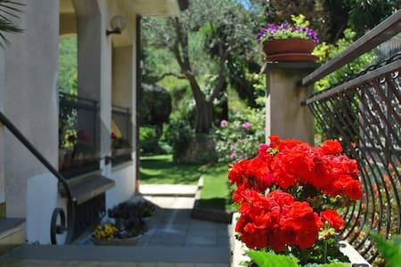 soggiorno relax in costa d'Amalfi - Pietre