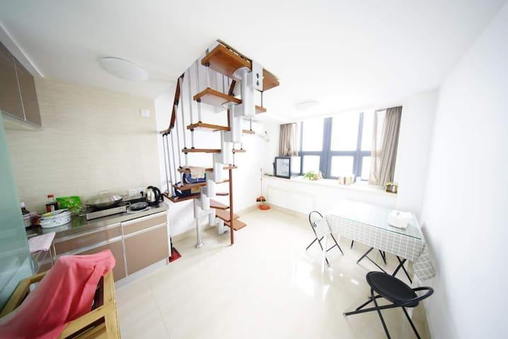 精致LOFT双层公寓