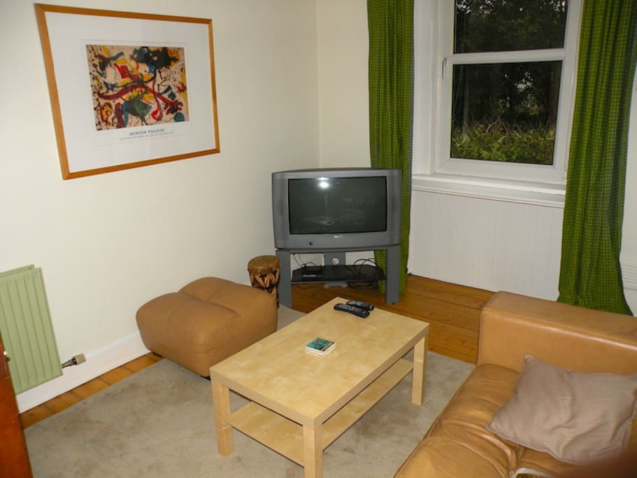Living room with cable TV & DVD