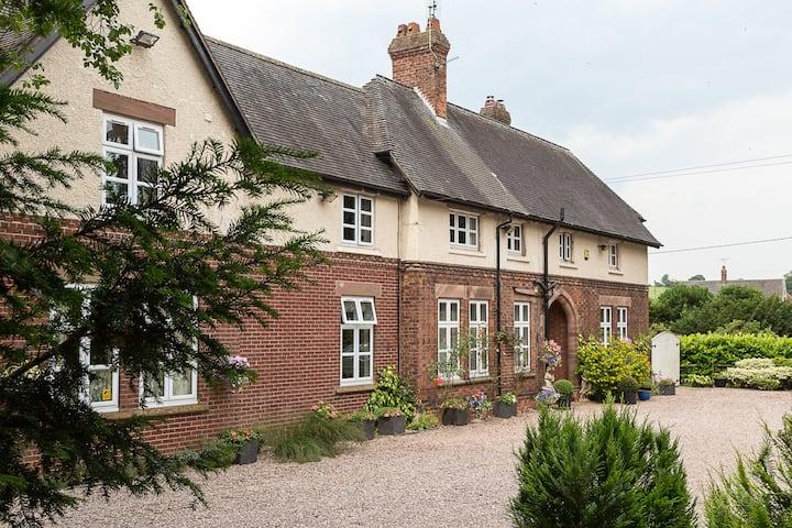 Heywood Hall (Elizabeth)