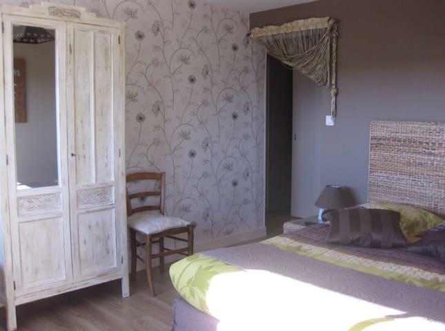 Chambres d'hôtes à SAINT ALBAN  en LOZÈRE