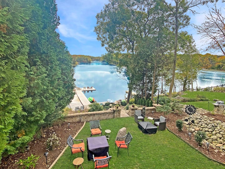 Amazing Lake Home. Walk to Road America+Hot Tub