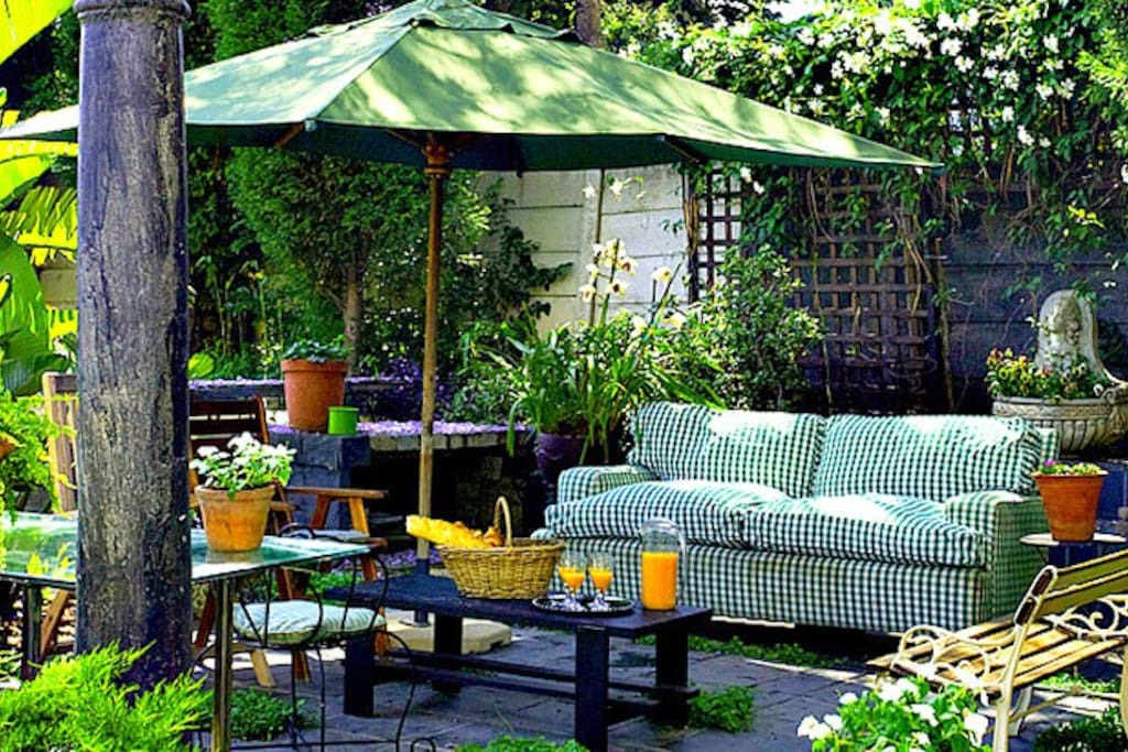 Perfect breakfast space in our lush garden.