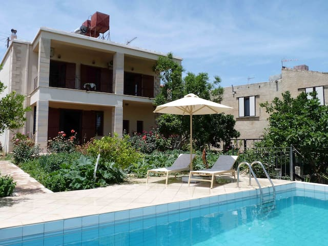 The Garden Villa - Baxes - Chania - Huvila