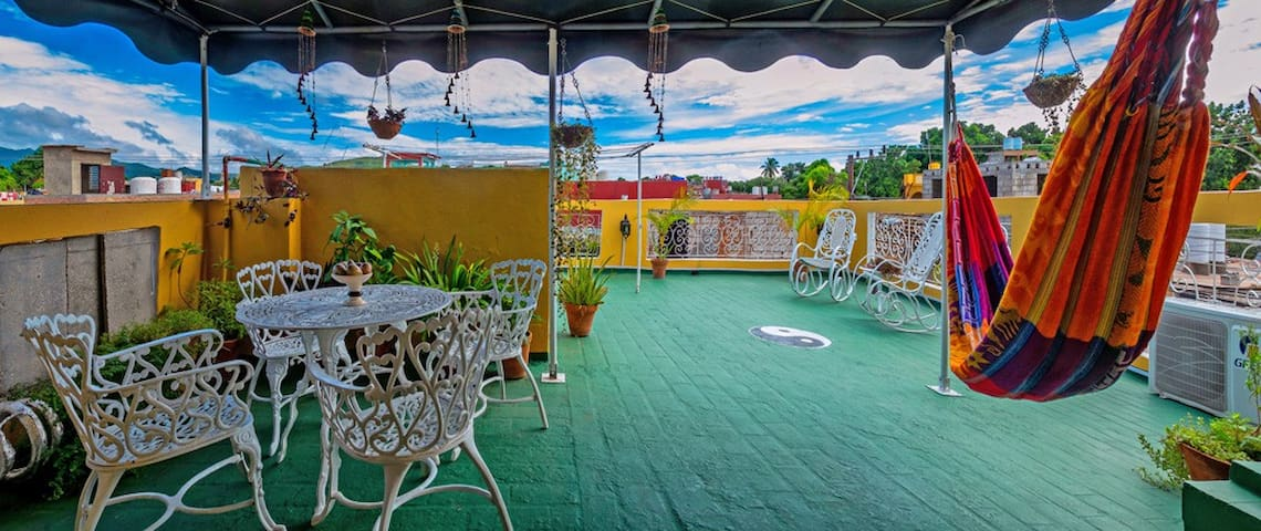 in city center-romantic room - terrace with views