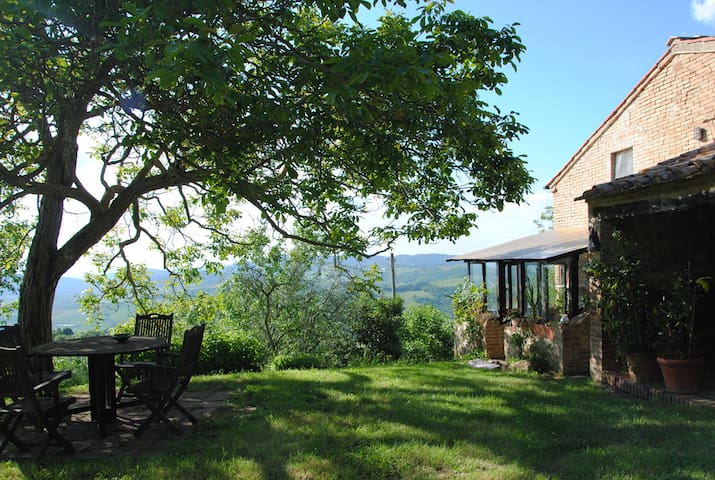 Il Noce house for two persons - Radicondoli - Huoneisto