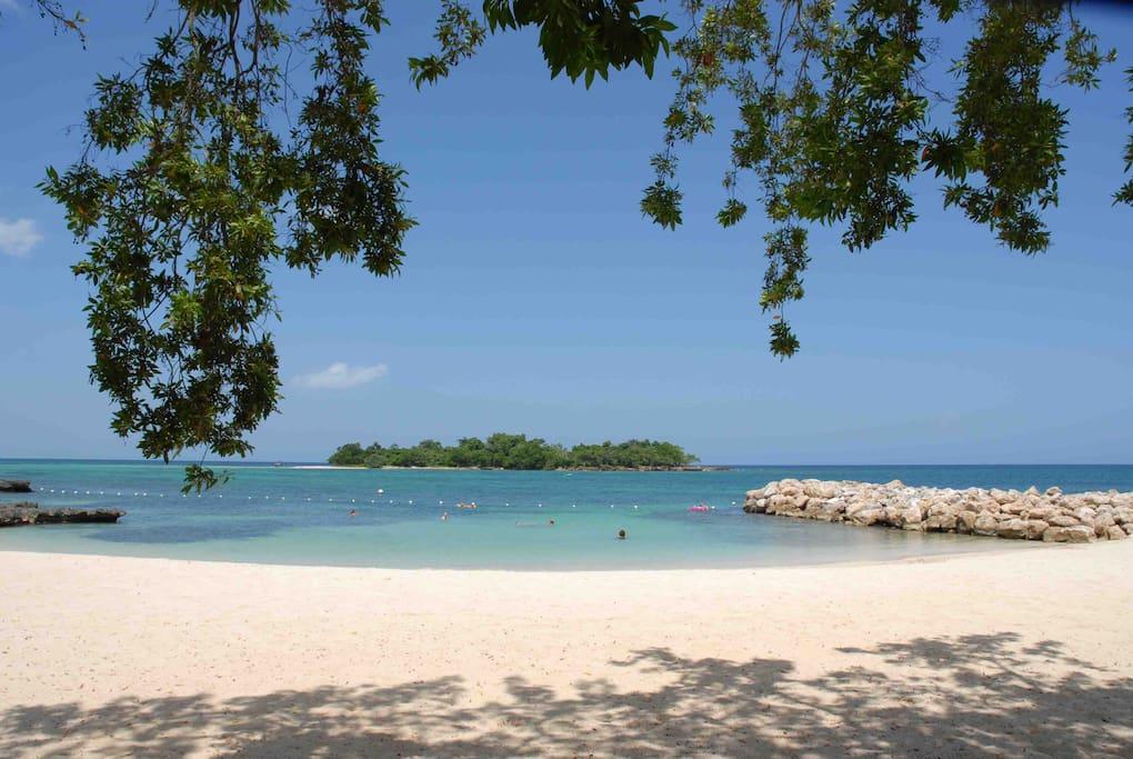Beautiful Tranquil Beaches