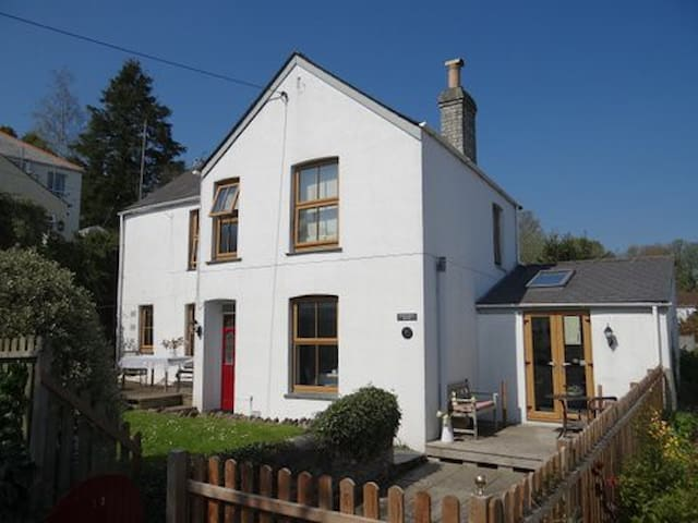 Cosy cottage in Cornwall, 6 persons - Lostwithiel - House