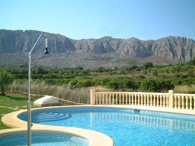 Denia surr near sea -4pers.560 Euro/week , all in. - Beniarbeig - Bungalow
