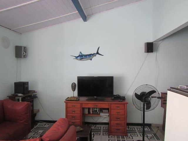 Sala de estar, terceiro andar.