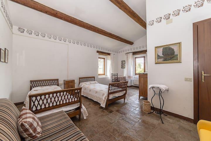 Cal Terrazzano Country House - Urbania - Villa