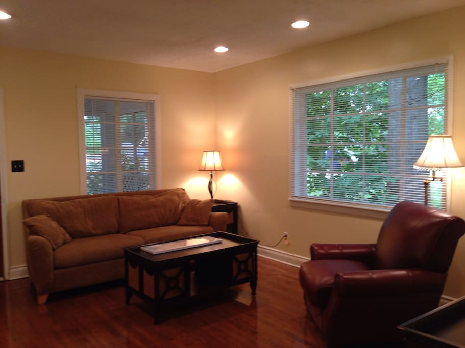 Read a book or watch Apple TV, Netflix and local channels to enjoy in updated living room. Freshly finished hardwood floors throughout to alleviate any allergies.