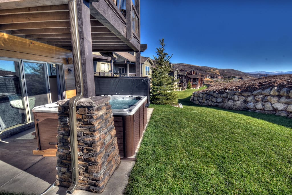 Private Hot Tub - located out lower deck - fits 8 comfortably - custom lighting and music
