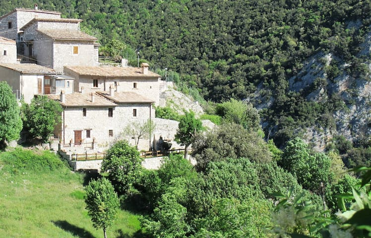 House & garden in ancient village - Castellonalto - Villa