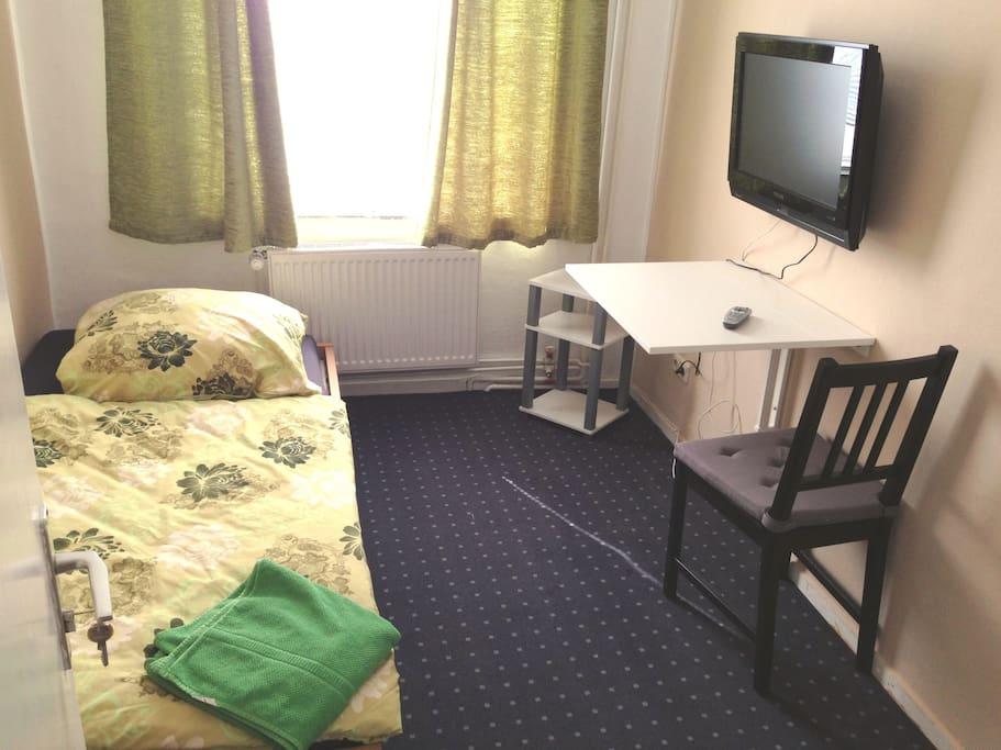 zimmer 22 st pauli reeperbahn hostels zur miete in hamburg hamburg deutschland. Black Bedroom Furniture Sets. Home Design Ideas