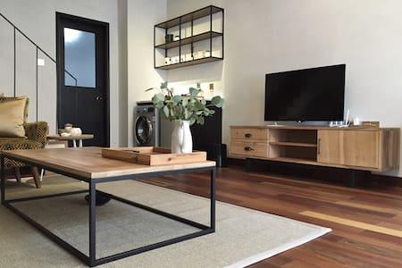 精致LOFT复式独立公寓,感受品质愉悦。