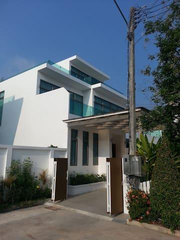 4 Bed Luxury Villa, Kamala, Phuket