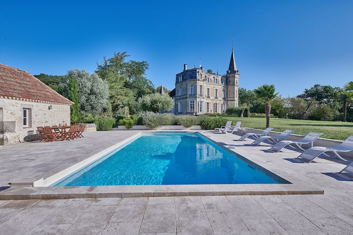 Magnificient Chateau castle with spectacular views