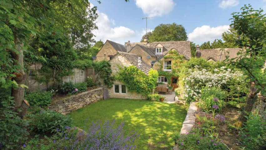 17th century cottage in Cotswolds - Naunton - Casa
