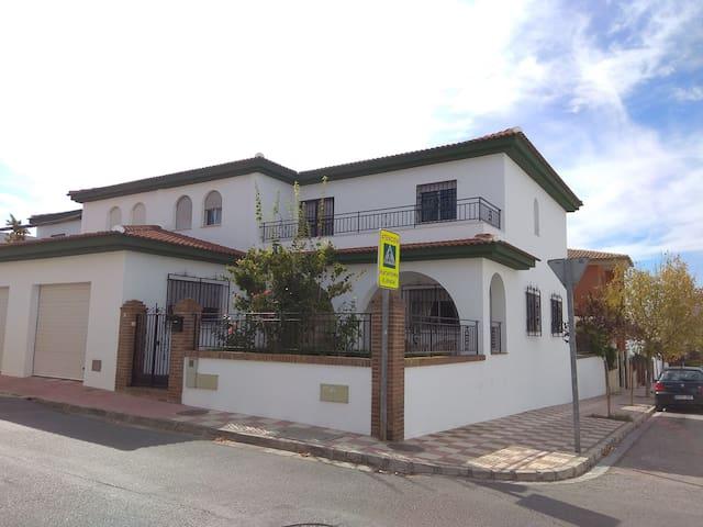 La casita de la Abuela - Casa familiar con encanto