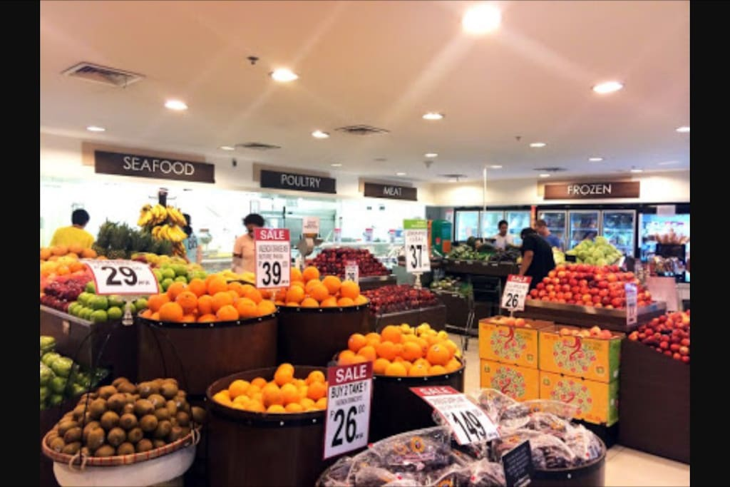 Go grocery shopping at Rustans Fresh or Metro Supermarket both in Ayala Mall. Just a short 5 minute walk from the condo.