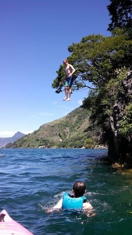 Kayaks rentals are available on-site, swim, and cliff jumping.