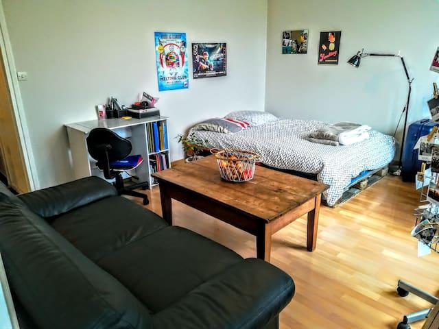 Appartement spacieux avec terrasse, bien placé35m2