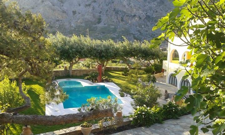 A villa close to a farm, mountains and beaches!