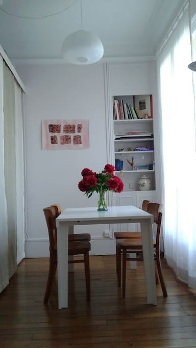 Open House: a Lovely Apartment in Paris