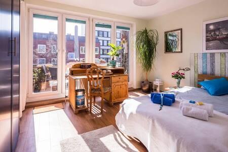 central,cosy,own bathroom,bus/metro - Hamburg - Apartment