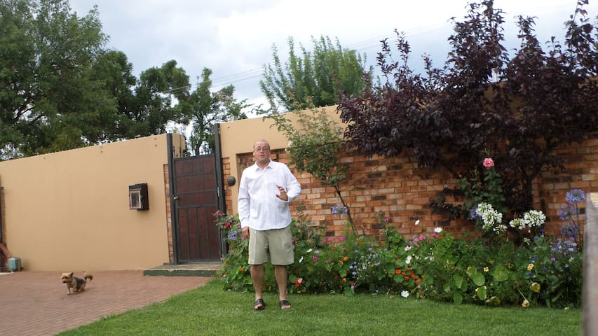 PRIVATE FAMILY EASY GOING FAMILY - Roodepoort - Hus