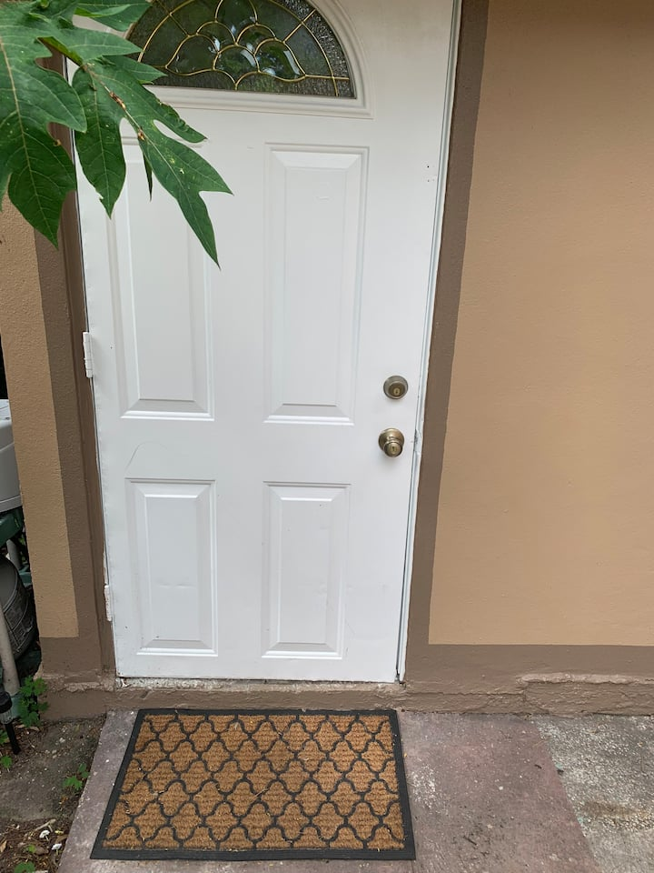 Studio Apartment in the heart of West Tampa
