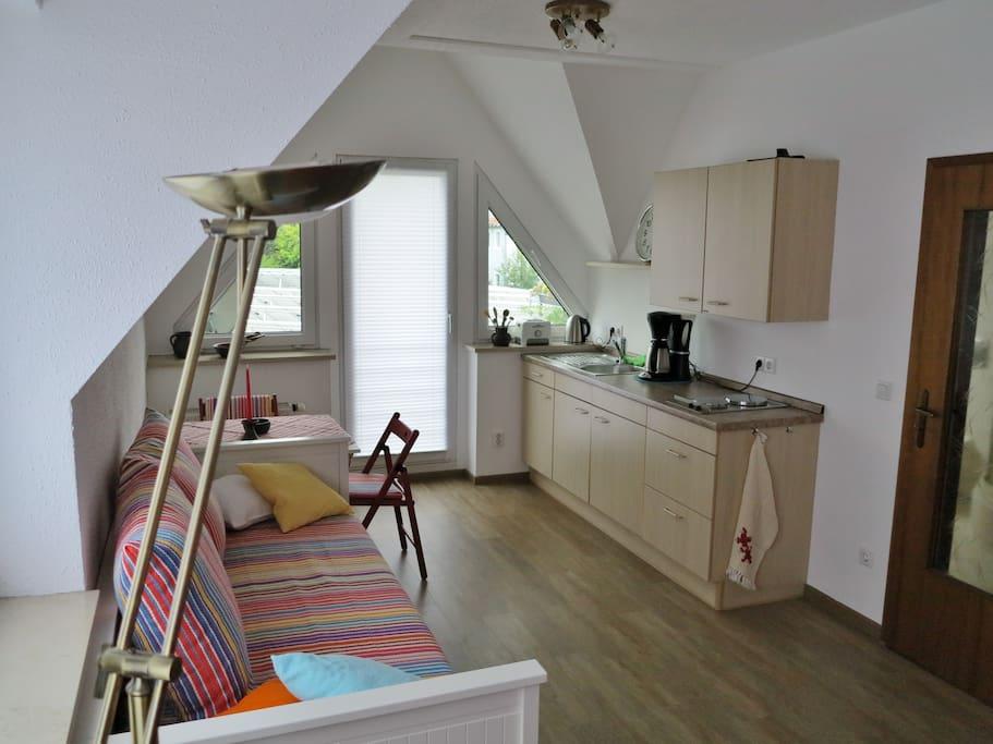 moderne ein raum wohnung nahe dresden und kreischa wohnungen zur miete in bannewitz sachsen. Black Bedroom Furniture Sets. Home Design Ideas