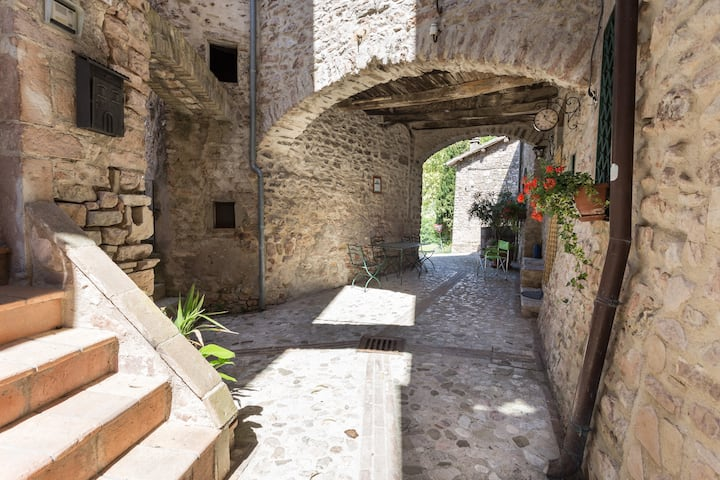 ITALIAN COUNTRYSIDE your home in Italy UMBRIA