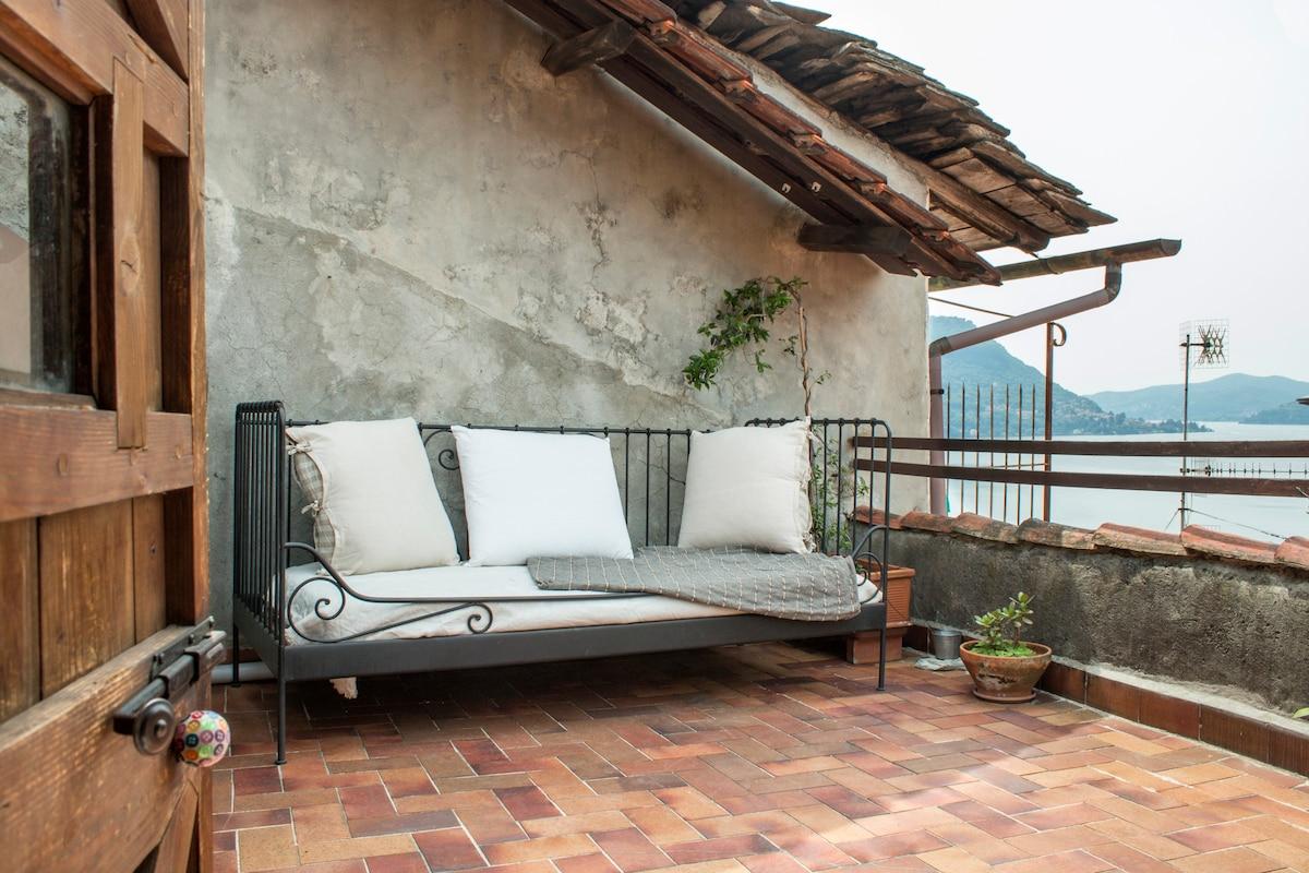 Interni di villa oleandra : Relax hotel villa la gardenia u oleandra limone sul garda