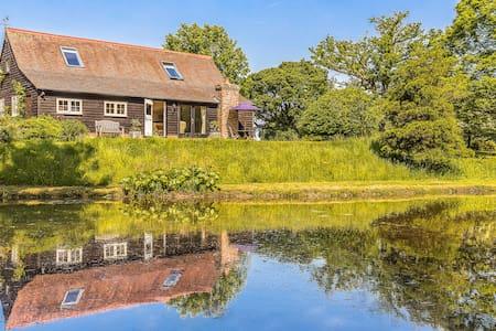 The Duckhouse, Cowden, Kent