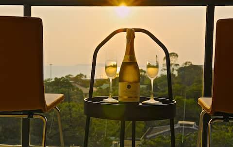 Gorgeous Sunset View ❤︎ Mae Phim Beachfront Condo