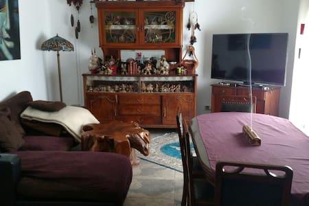 Habitación privada confortable - Anglès - Hus