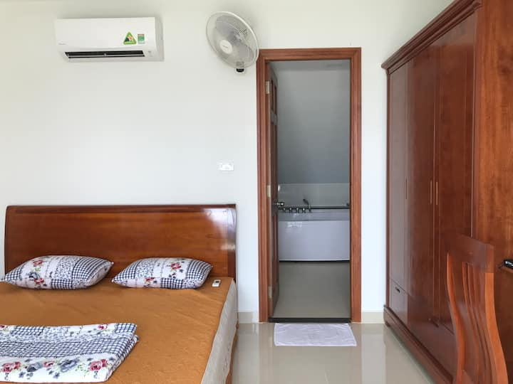 Room for rent  - Villa 4 - Q7 HCM