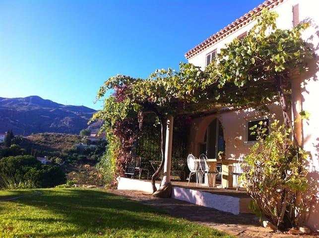 Casa Mchana, a fabulous villa in Cortijo Grande - Turre - House