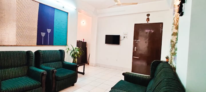Humble Abode Homestay| 3BR APT W/AC, Parking, WIFI